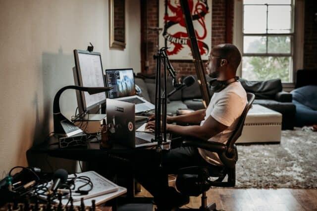 Como crear mi propio podcast desde casa